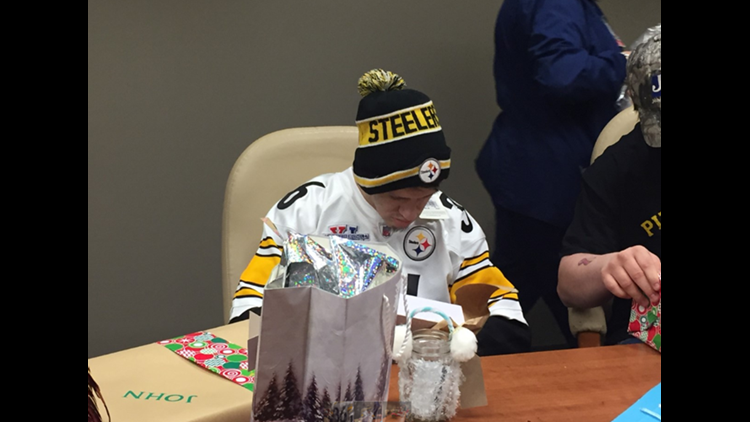 Local cancer patient, Steelers fan gets surprise gift from Hall of Famer