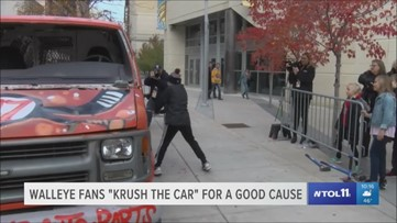 Walleye fans 'Krush the Car' for a good cause