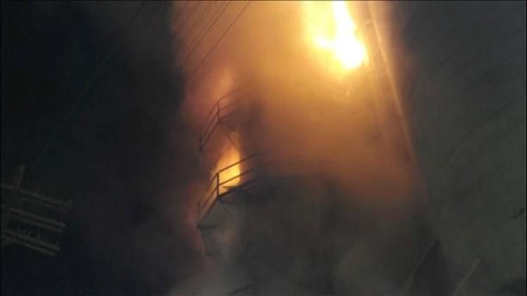 Crews battle grain elevator fire in Wood Co.