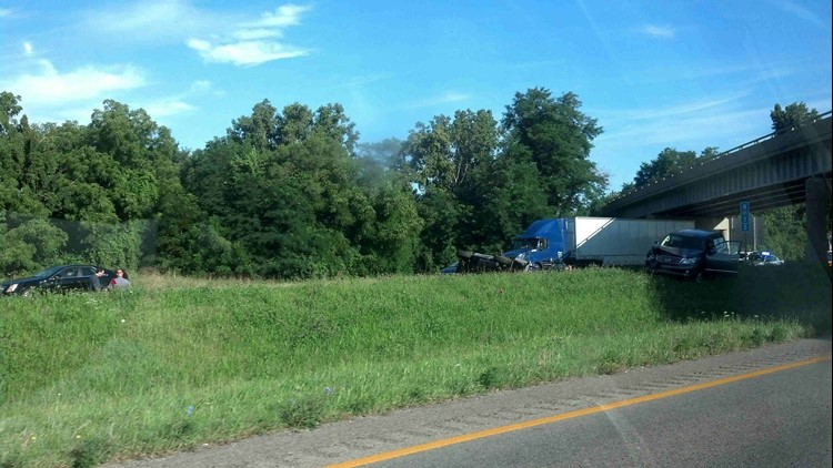 Rollover pickup truck accident on southbound I-475 | wtol com
