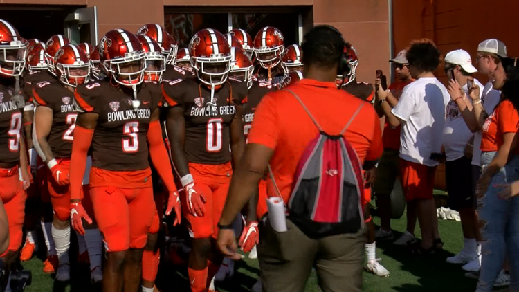 Bowling Green football set for matchup with Minnesota