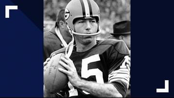 Bart Starr, 1960s Green Bay quarterback, dies at 85