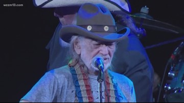 Updated: Willie Nelson cancels 6 shows, cites 'breathing problem'