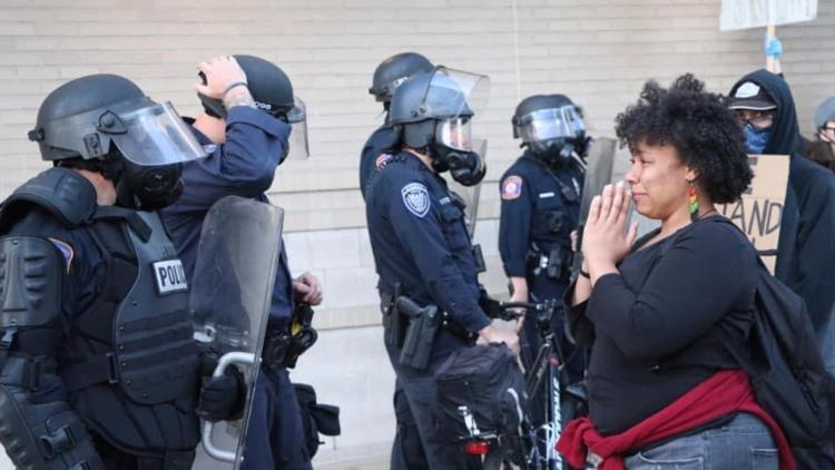 'Can you pray for us too?' Woman said police officer asked her to pray from them at Michigan protest